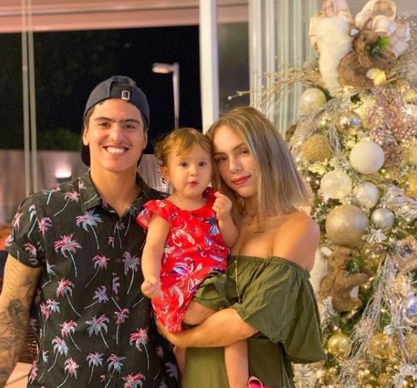 A maternidade também é assunto frequente, com direito a perfil individual da filha dela com Felipe, a pequena Analua Bordini Medina, de 1 anos e 6 meses. – Foto: @bordinibruna/Instagram/Reprodução