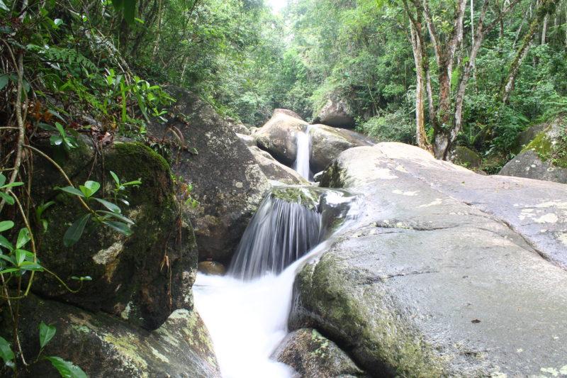 Localizado na área rural da cidade, o Sertão do Trombudo abriga belíssimas cachoeiras e é destino para as práticas de ecoturismo. – Foto: Prefeitura de Itapema/Divulgação