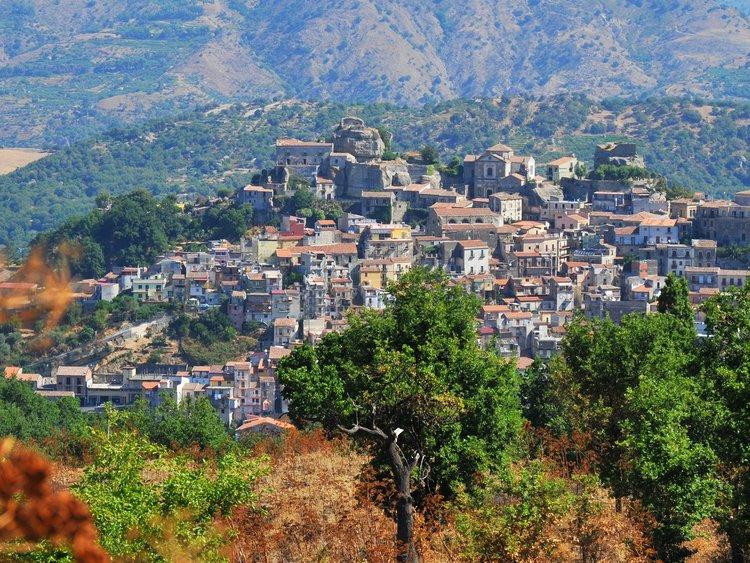 Casas à venda estão localizadas na região da Sicília – Foto: Divulgação/ND