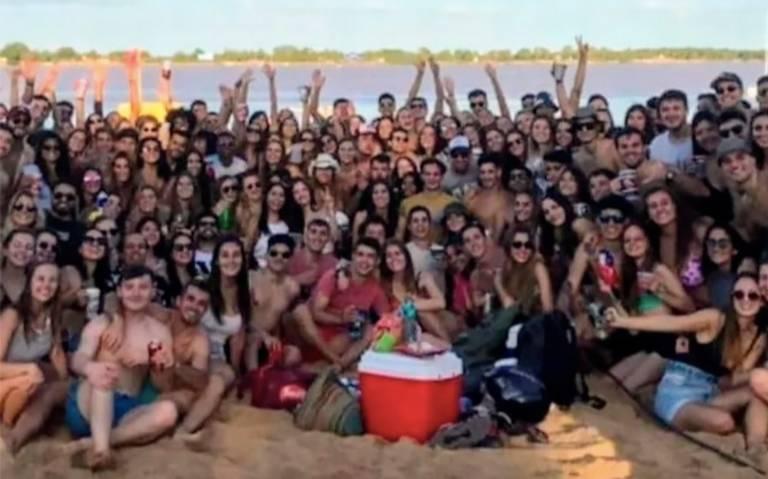 Estudantes fazem festa em praia na Argentina – Foto: Divulgação/ Mitre Rosario
