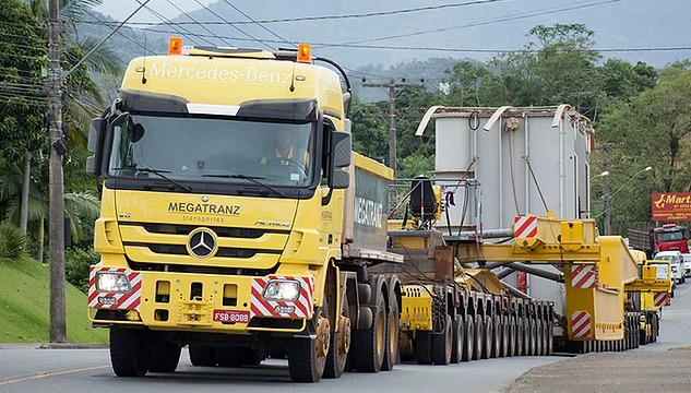 Escolta de transformador causará lentidão na BR 470 neste sábado – Foto: Divulgação/PRF SC
