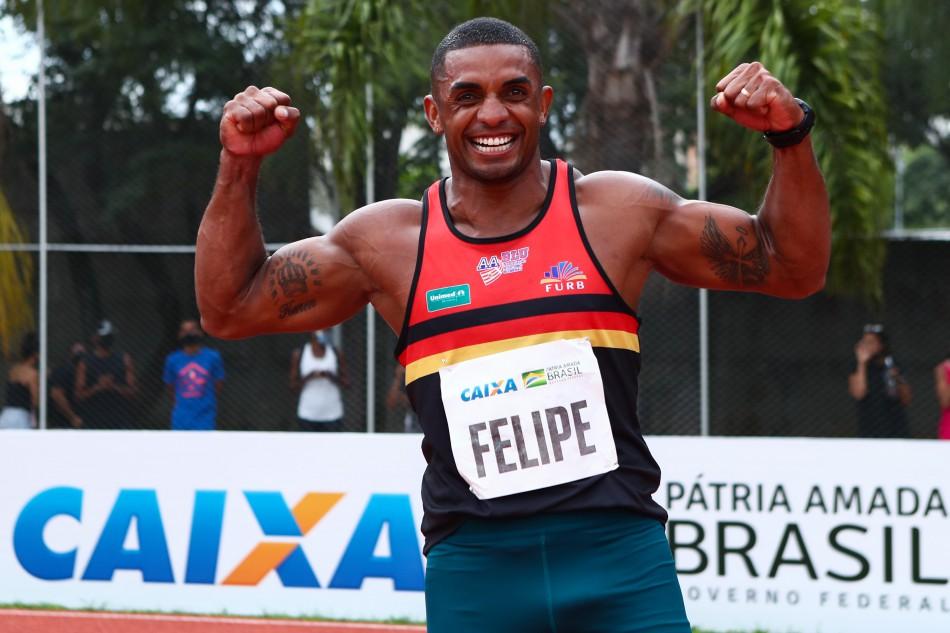 Felipe Vinicius dos Santos, da Associação Atletismo de Blumenau (AABlu), conquistou uma vaga nos Jogos Olímpicos de Tóquio, durante o Troféu Brasil de Atletismo 2020. - Divulgação/ND