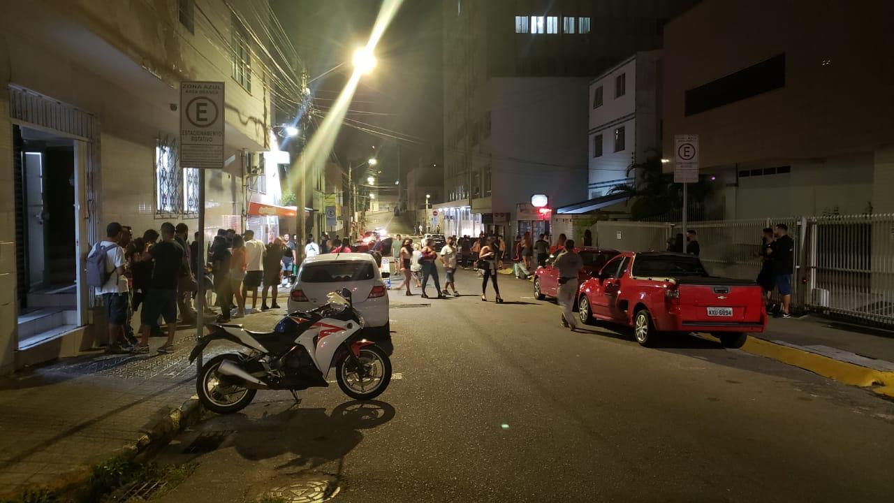 Na última sexta-feira (16), uma das ocorrências envolveu a dispersão de aproximadamente 60 pessoas que aglomeravam em um estabelecimento - Guarda Municipal de Florianópolis/PMF/Divulgação ND