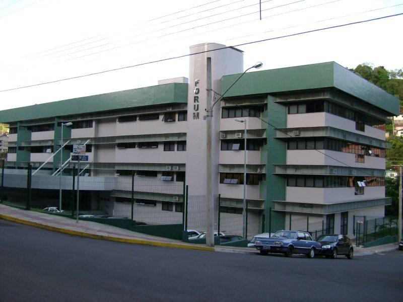 Ação civil pública foi julgada pelo juiz substituto da 2ª Vara Cível da comarca de Concórdia, Claudio Rego Pantoja – Foto: Atual FM/Divulgação