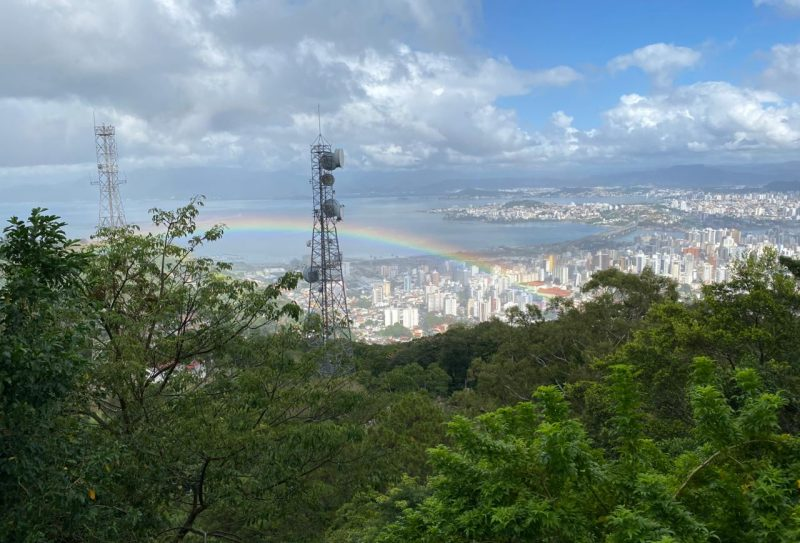 Arco-íris sobre Florianópolis