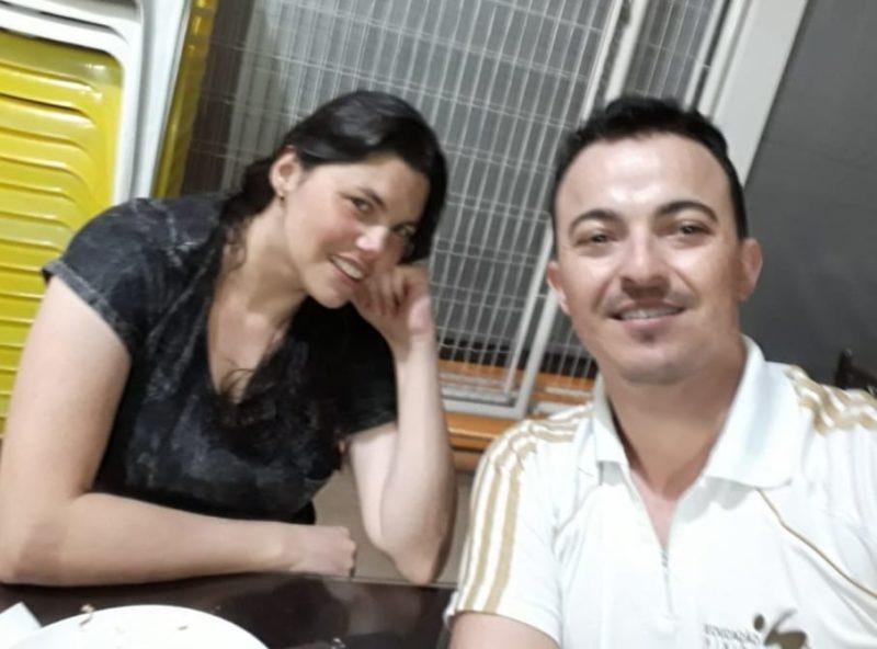 Gilvana era muito amiga do professor Robson e lembra com carinho dos momentos que conviveu com ele – Foto: Arquivo pessoal/Divulgação ND