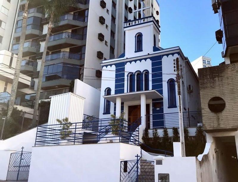Igreja Ortodoxa Grega de São Nicolau, construída entre 1936 e 1963, em Florianópolis – Foto: Reprodução/Ecclesia.org.br/ND