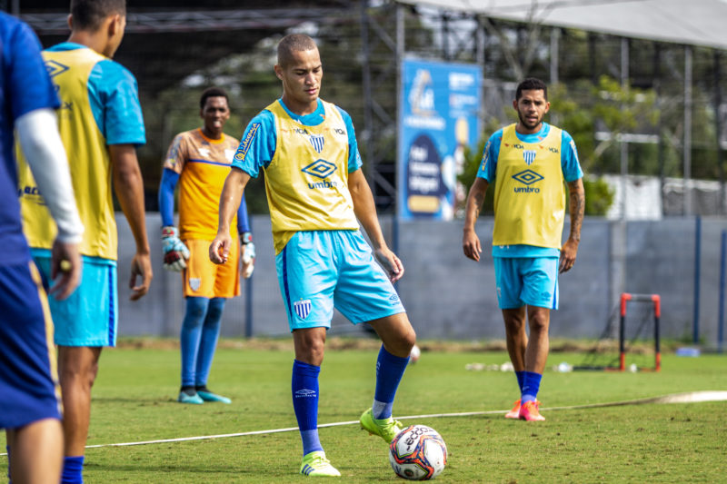 Jean Martim pode voltar a pintar na equipe titular após se recuperar de lesão – Foto: Leandro Boeira/Avaí F.C