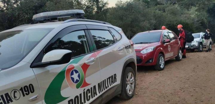 Polícia Militar e IGP estiveram no local que era de difícil acesso – Foto: Jandir Sabedot/Portal Campo Erê/Divulgação ND