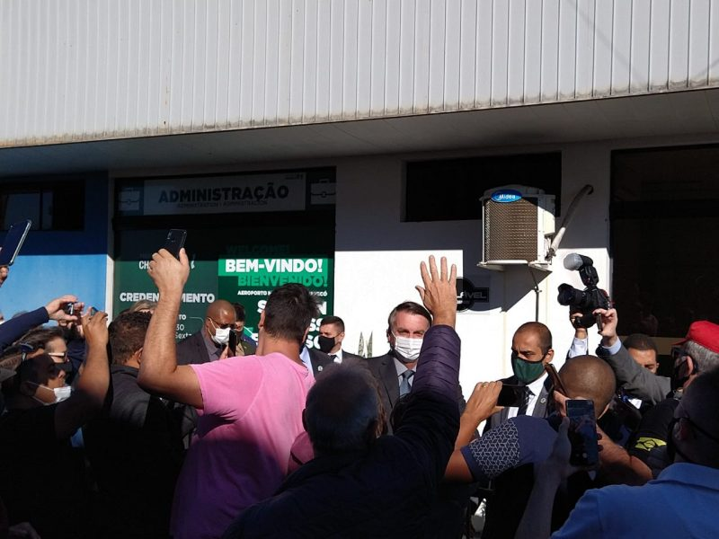 O presidente chegou a Chapecó por volta das 9h da manhã desta terça-feira com aeronave presidencial. – Foto: Julia de Araújo/ND