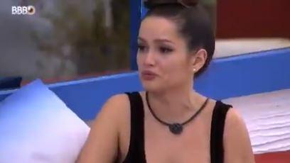 Juliette durante conversa com Gilberto