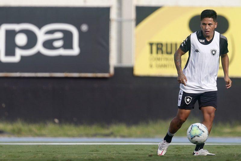 Avaí desiste de atacante peruano do Botafogo – Foto: Vitor Silva/Botafogo