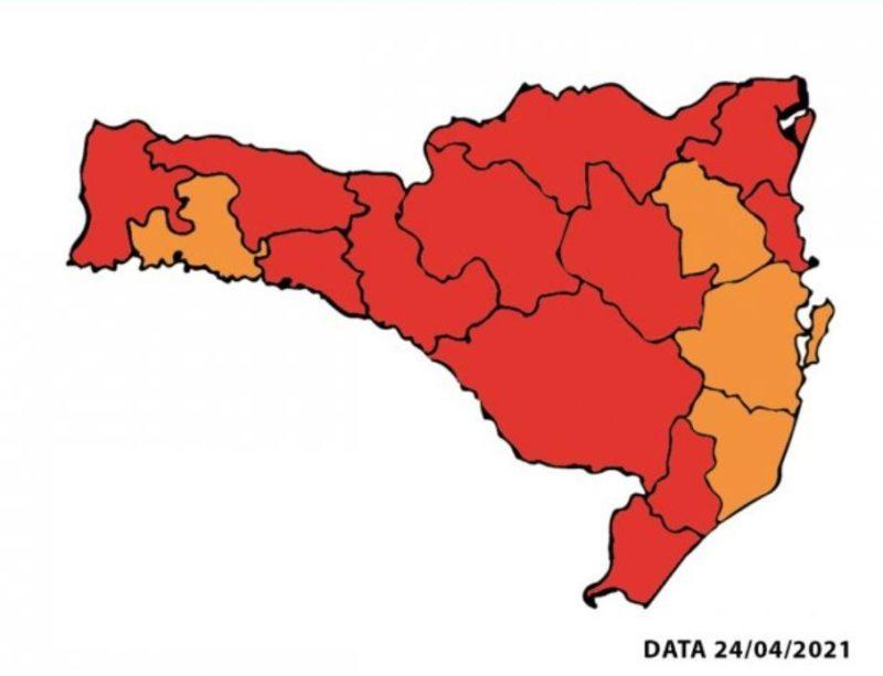 Mapa de risco foi atualizado neste sábado (24) – Foto: Reprodução/Secretaria de Saúde de SC