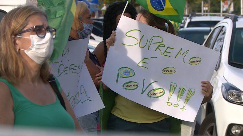 Dezenas de pessoas se concentraram no trapiche da Beira-Mar, em tradicional ponto da capital – Foto: Divulgação/ND