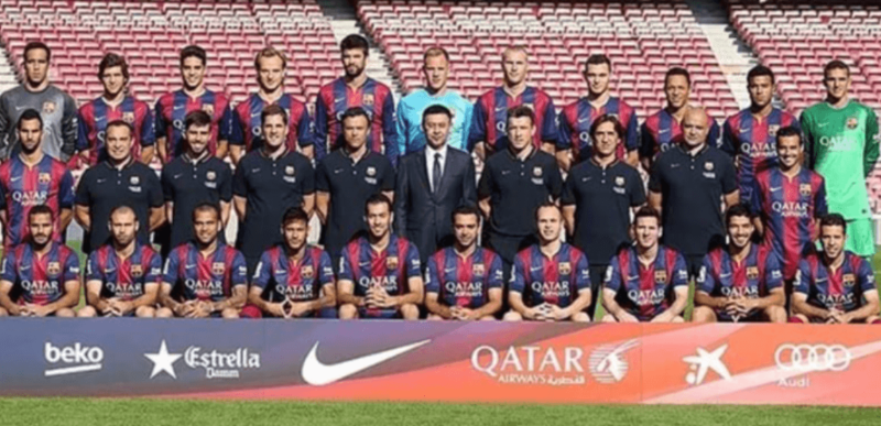 Neymar na foto oficial do Barcelona em 2014 – Foto: Divulgação