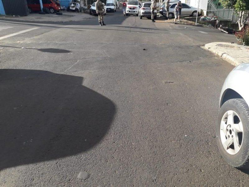 Batida aconteceu na esquina da rua Coronel Freitas com rua Modelo, no bairro Efapi – Foto: Polícia Militar/Divulgação