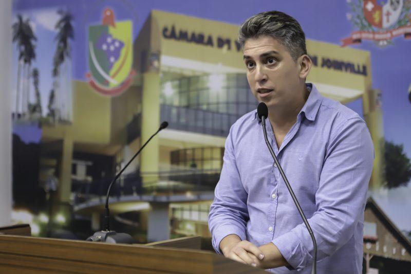 Vereador quer multa para quem não comparecer ao horário marcado para a vacinação em Joinville – Foto: Mauro Artur Schlieck/ND