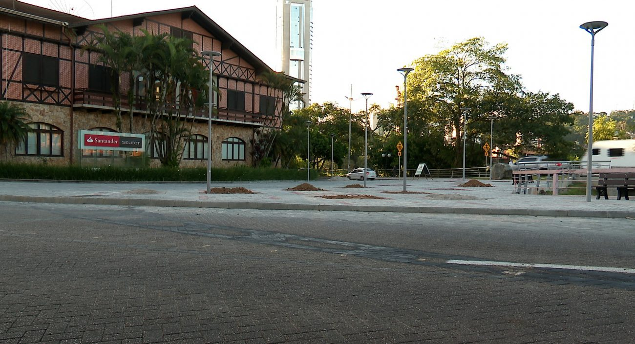 Praça dos Remadores deve ser inaugurada ainda neste ano - Reprodução/NDTV Blumenau