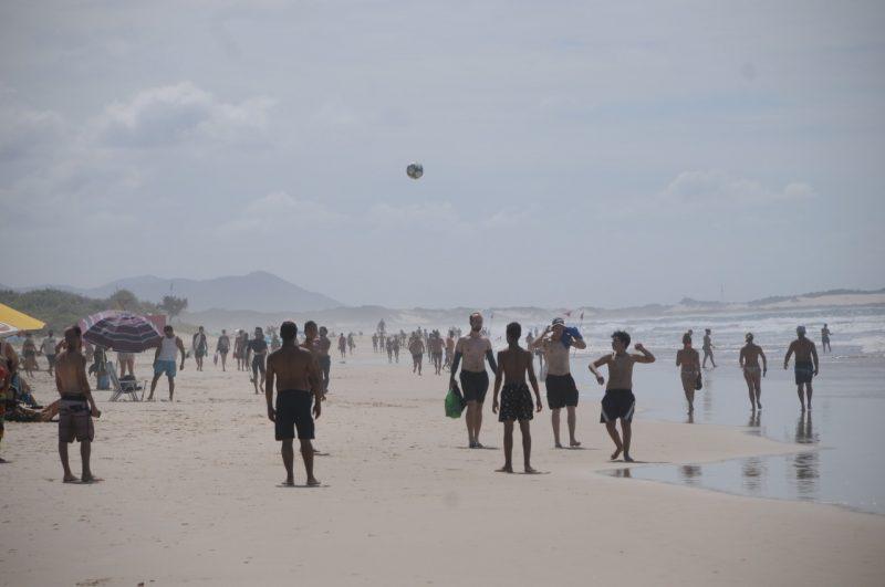 Praia do Campeche, em Florianópolis, durante a última temporada – Foto: Leo Munhoz/ND