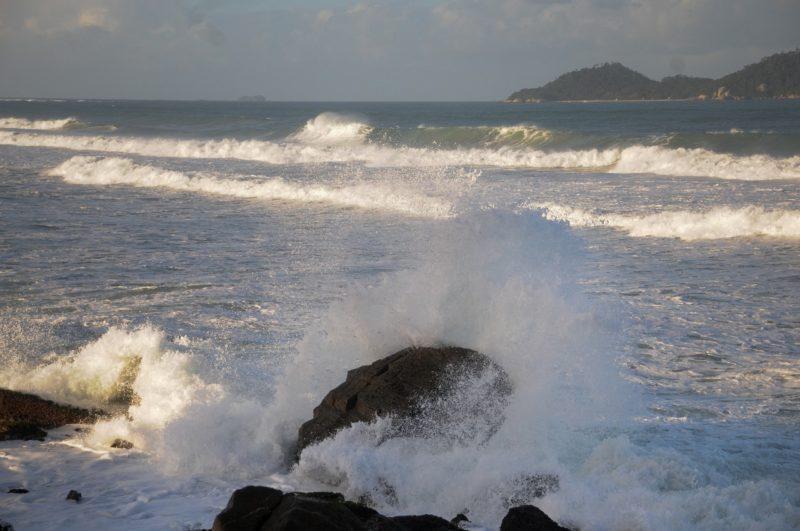 Previsão de mar agitado no Litoral de SC – Foto: Leo Munhoz/ND