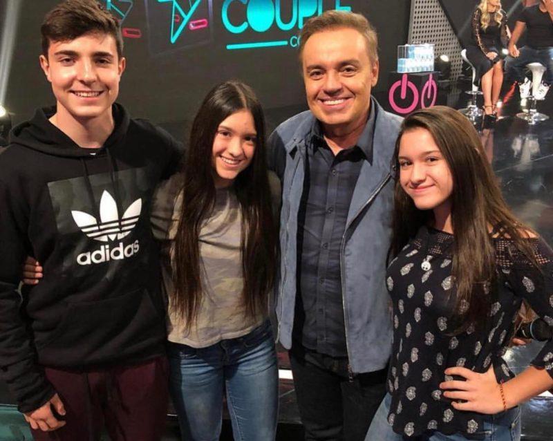 João Augusto com Marina, Sofia e Gugu Liberato – Foto: Reprodução/Instagram