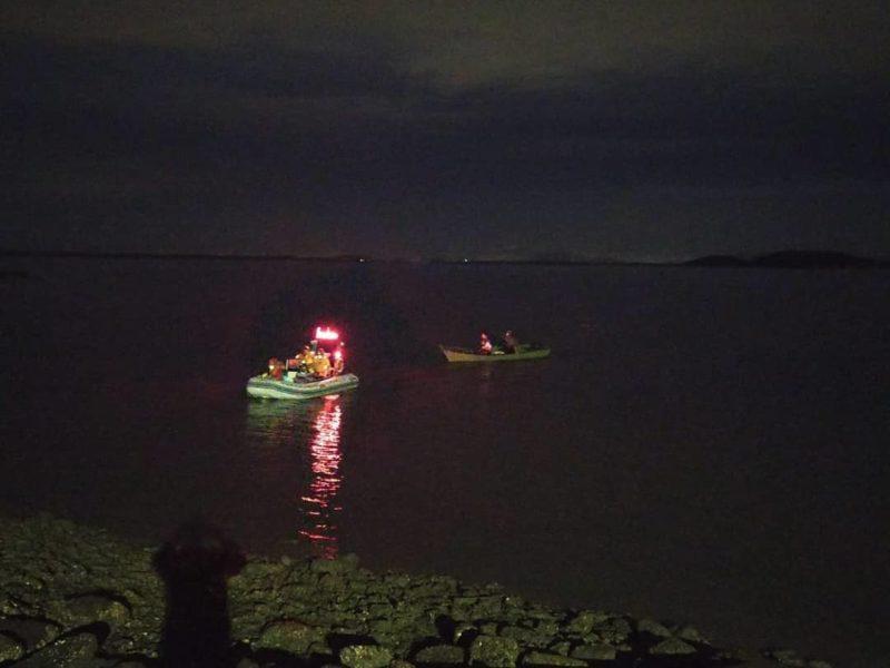 Barco só foi encontrado após algumas horas de busca em São Francisco do Sul – Foto: BVSFS/Divulgação