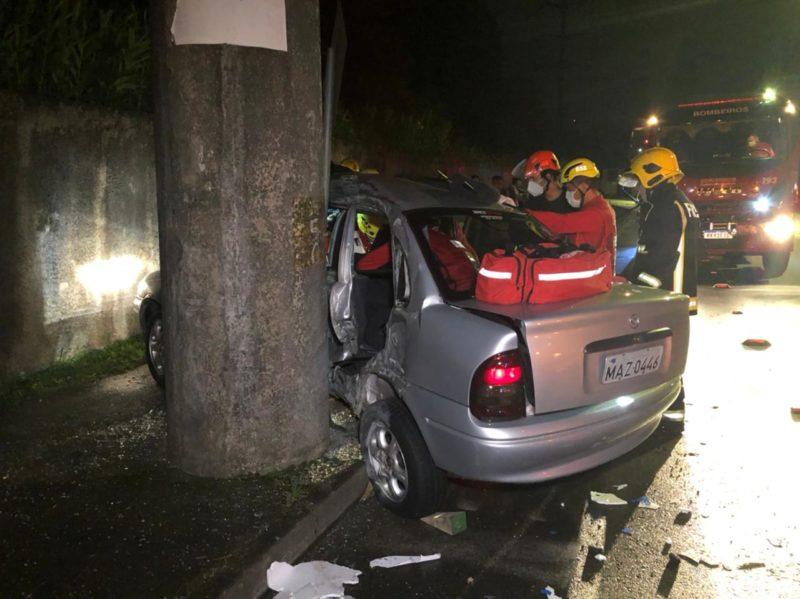 Acidente foi atendido por volta das 00h20, em Joinville – Foto: Ricardo Alves/NDTV Joinville/divulgação