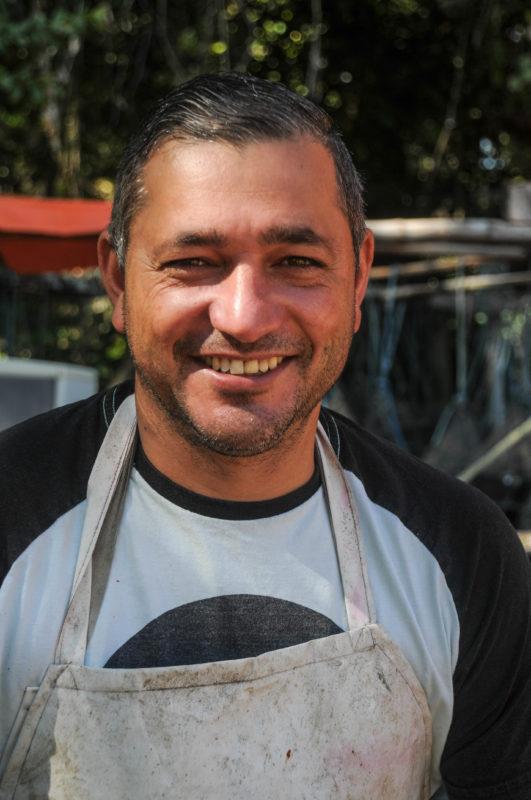 Ele está na área da maricultura há 15 anos – Foto: Leo Munhoz/ND