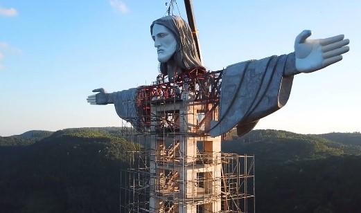 O Cristo deve ser o maior do Brasil. – Foto: Reprodução/