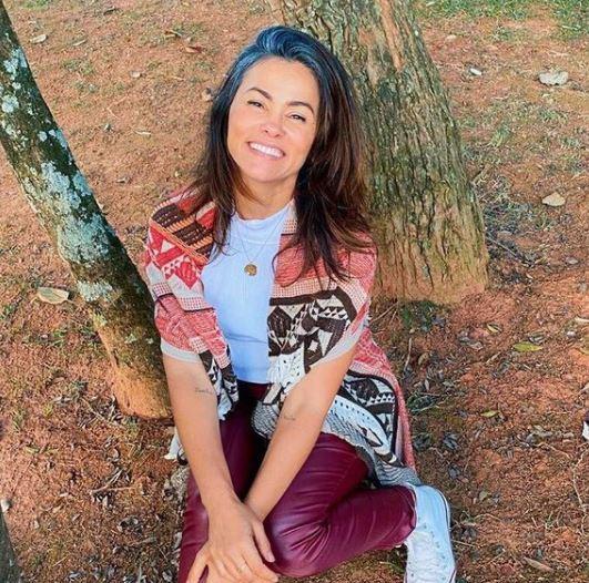 Suzana Alves ficou nacionalmente conhecida por interpretar Tiazinha, no fim dos anos 1990, no Programa H– Foto: Instagram/Reprodução/ND
