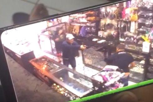 Assaltante que tentou matar proprietário de tabacaria no Vale é preso – Foto: Reprodução/Arquivo Pessoal