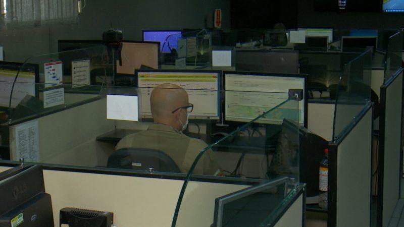 Imagens são enviadas à central de monitoramento da PM em tempo real – Foto: Marcelo Thomazelli/NDTV