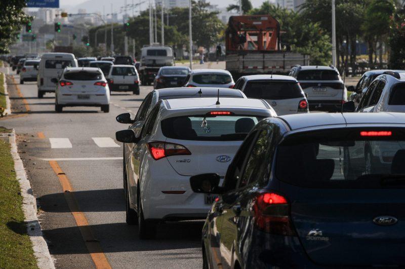Terça-feira ainda marcada pelos reflexos nas alterações no Código Brasileiro de Trânsito. – Foto: Leo Munhoz/ND