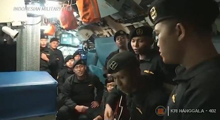 Tripulação do submarino que naufragou aparece cantando em video de despedida – Foto: Divulgação/ ND