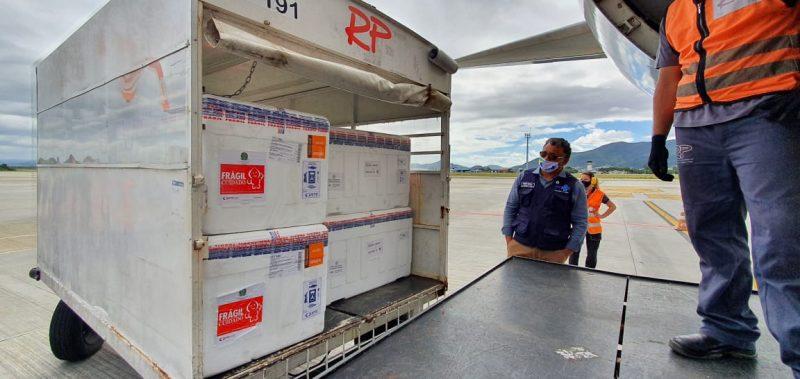 Distribuição da maior remessa de vacinas já recebidas por Santa Catarina deve iniciar neste sábado (3) – Foto: Divulgação/ND