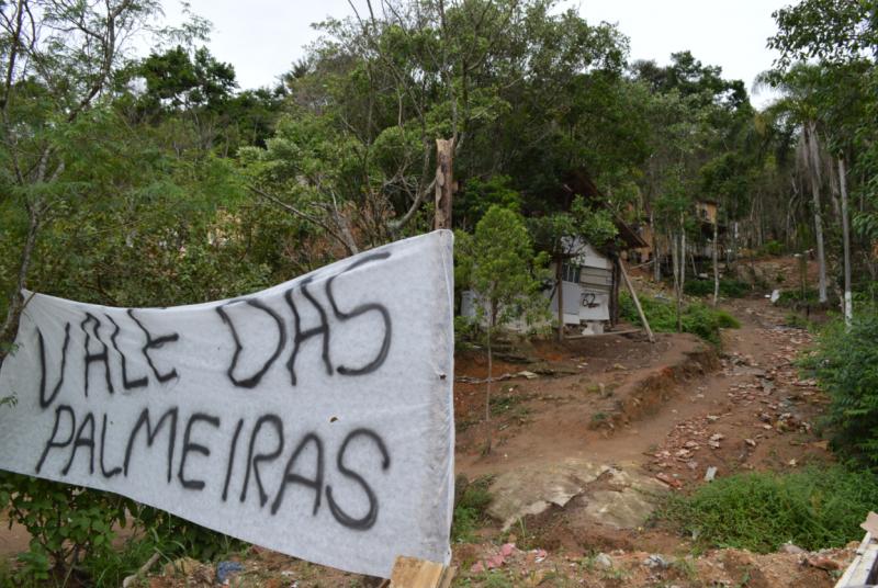 Defensoria Pública obtém liminar suspendendo demolição de 66 casas em área ocupada na Grande Florianópolis – Foto: Divulgacão/JusCatarina/ND
