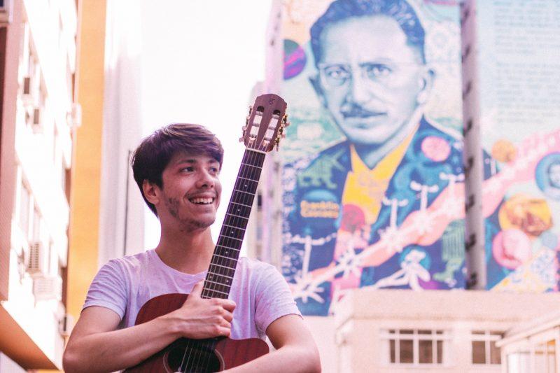 Cantor e compositor Pablo Rodrigues – Foto: Felipe Borges/Divulgação/ND