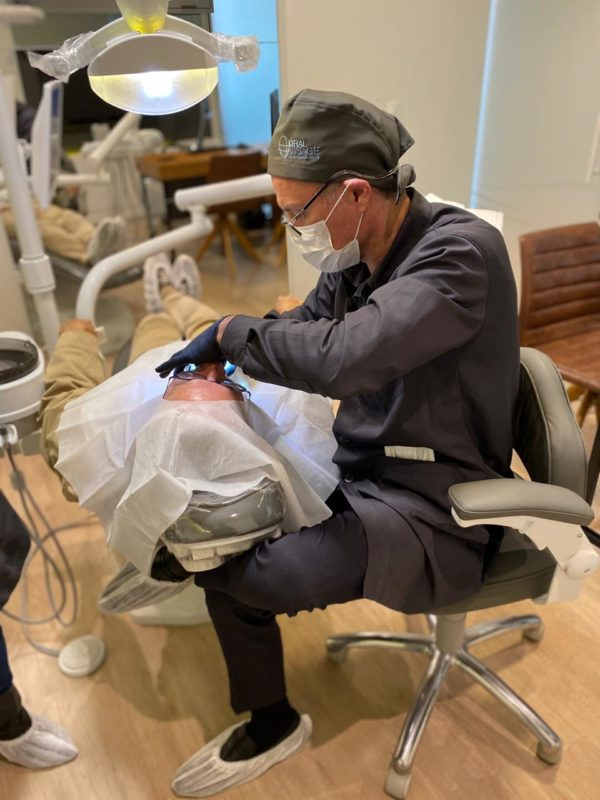 Cirurgia étratamento inovador, guiada por planejamento computadorizado – Foto: Divulgação/Oral Visage