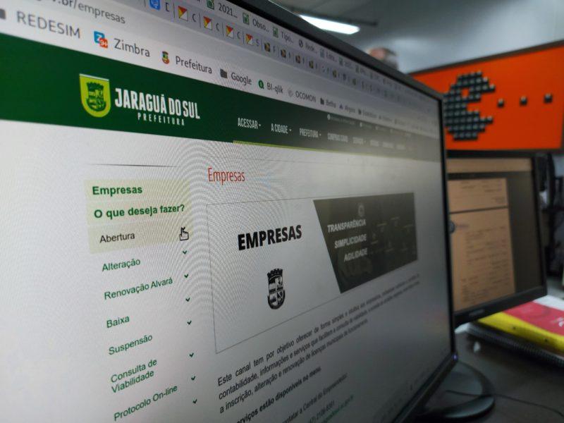 Com a desburocratização, todas as informações estão reunidas no portal da Prefeitura – Foto: Eduardo Montecino/PMJS