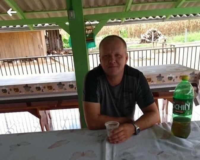 Elizeu Holz tinha 41 anos e morreu após bater moto contra um poste na noite de sábado (1º) – Foto: Reprodução/Redes Sociais