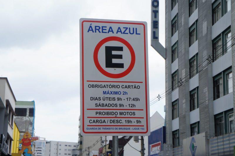 Monitor de estacionamento rotativo é agredido em Brusque – Foto: Divulgação/CDL Brusque