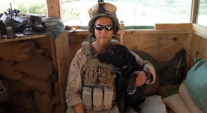 Byung Kang mora na Geórgia com a cachorrinha Blue – Foto: Arquivo pessoal / Byung Kang