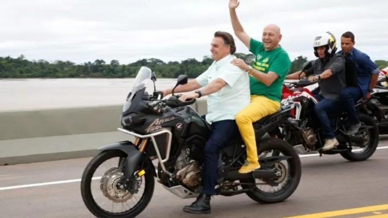 """Luciano Hang pegou """"carona"""" com o presidente Jair Bolsonaro – Foto: Planalto/Divulgação"""