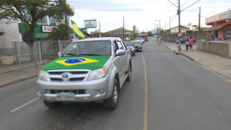 Carreata se dividiu pelos bairros das zonas Leste e Sul – Foto: Ricardo Alves/NDTV