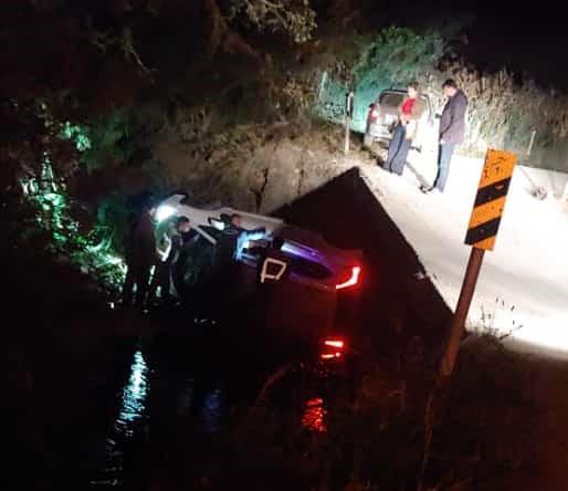 Veículo caiu de uma altura de cerca de 3 metros
