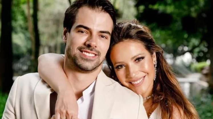 A apresentadora Renata Domínguez, 40 anos, e o relações públicas, Leandro Gléria, 32 anos, são recém-casados – Foto: Reprodução/R7/Divulgação/ND