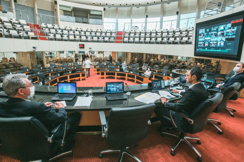 Comissão de Transportes da Assembleia discutiu em reunião ampliada os cortes no Orçamento – Foto: Bruno Collaço/Agência Alesc