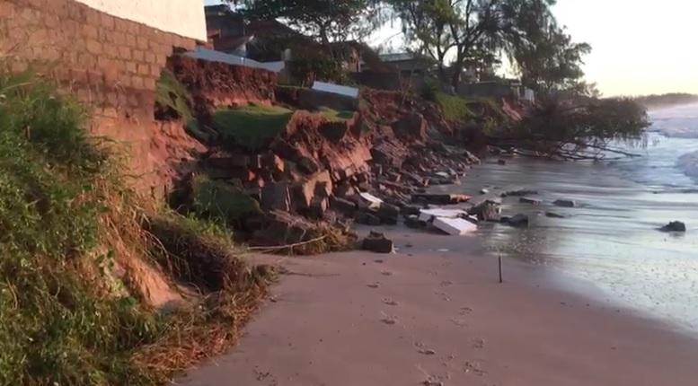 Maré alta tem causado erosão no Morro das Pedras – Foto: Defesa Civil/Divulgação/ND