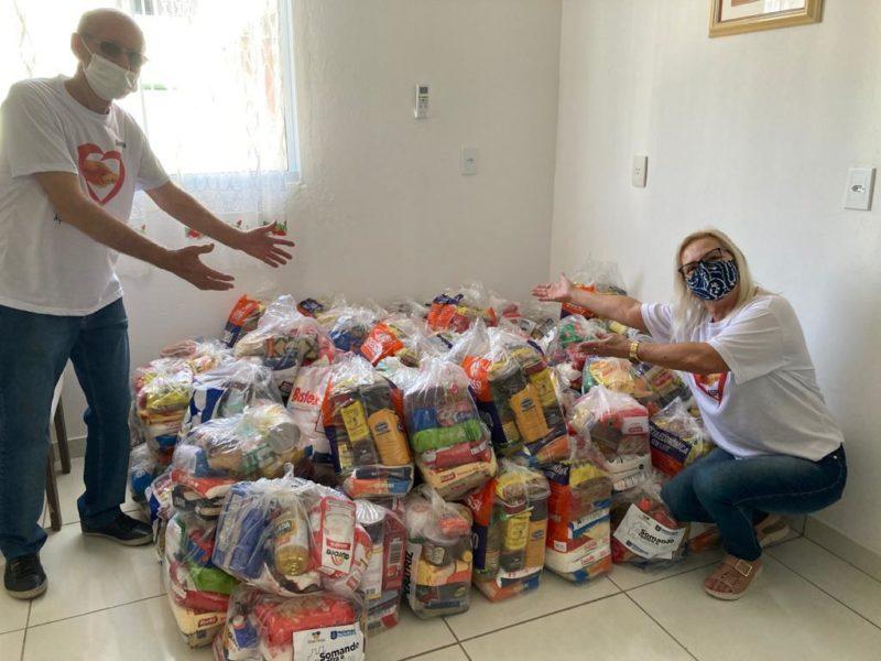 Doação de alimentos arrecadados para a ASPI (Ação Social Paroquial Ingleses) – Foto: PMF/Divulgação/ND
