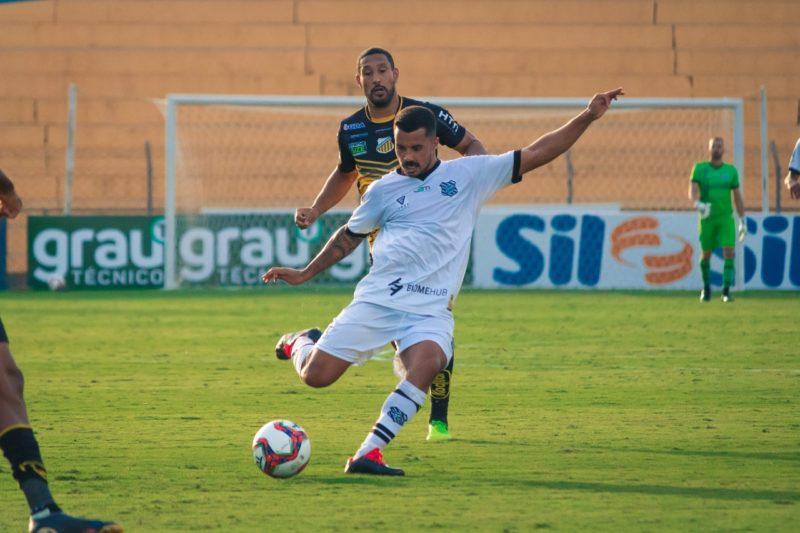 Figueirense, que perdeu na primeira rodada para o Novorizontino, precisa focar num único objetivo: sair o mais rápido possível da Série C. – Foto: Patrick Floriani/FFC